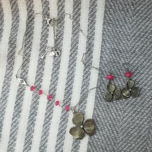 Fossil Clover Necklace Set